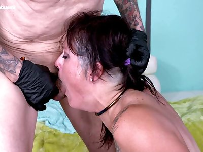 Deepthroat MILF gets back with new huge boobs