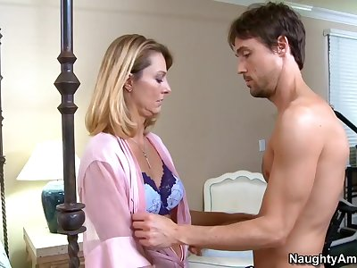 Brenda James & Richie in My Friends Hot Mom