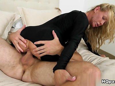 Levi Cash, Simone Sonay in So sexy Movie