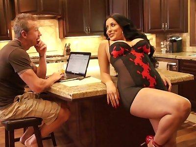 Smoking hot virago wife up sexy lingerie Kiara Mia is craving for cruel dealings