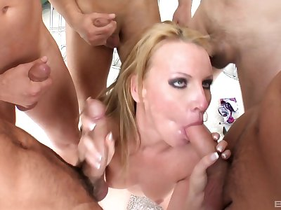 Group sex coupled with facial for slutty Victoria Flaxen