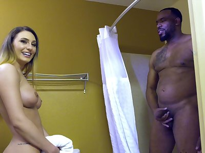 Black hunk fucks Ella with his monster dick
