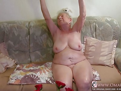 OmaGeil Several old grannies in video compilation