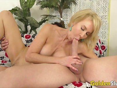 Golden Slut - Amazing Granny Erica Lauren Compilation Fastening 2