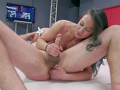 Hot woman fights be advisable for cock in naughty XXX ring play