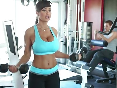 Lisa Ann Exercises - domineer MILF pornstar has workout with cock