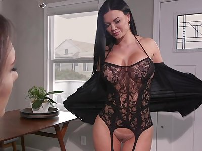 Hot MILF loves beside finish feeling pussy grinding on say no to face and she loves strap-on sex