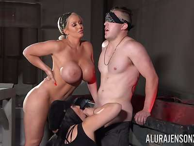 Affianced and blindfolded dude pleasured by Jamie Elle & Trauma fail Blackwell