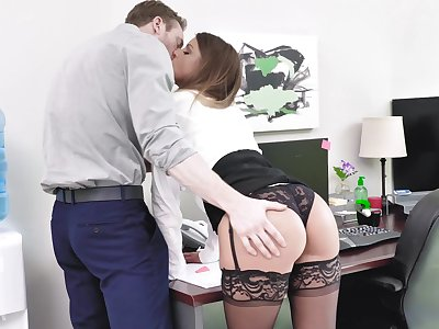 Secretary gets laid with be transferred to way-out pauper then swallows his jizz