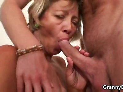 Miluse Havelova Soap powder Lady fuck with an increment of cum load
