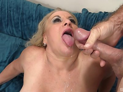 Mature maven Staggering Summer gets a insincere dick in her twat
