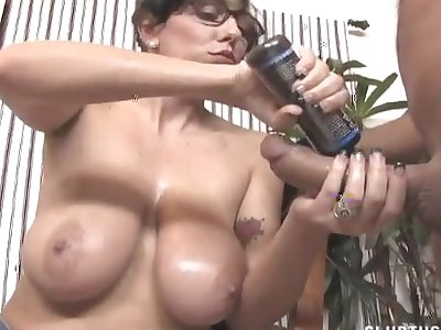 Video of naughty babe with glasses jerking off a horny guy
