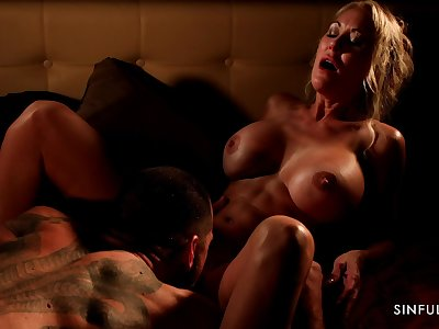 Athletic MILF with abs Brandi Love having passionate sexual connection with her lover