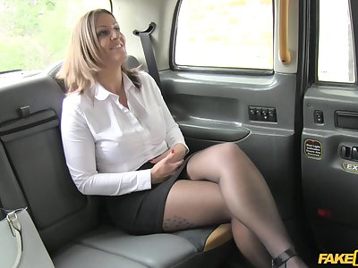 Balls deep fucking in the back of the taxi with MILF Tasha Hoiz