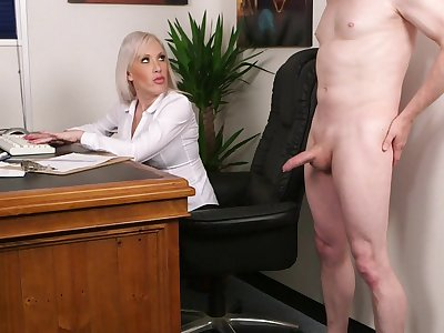Aroused light-complexioned fucked the new guy after a snappish interview