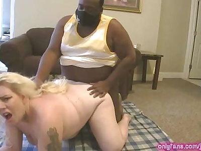 Jada Bandz Knocks Out Daddy Sleaze w/ Her Wet Pussy!